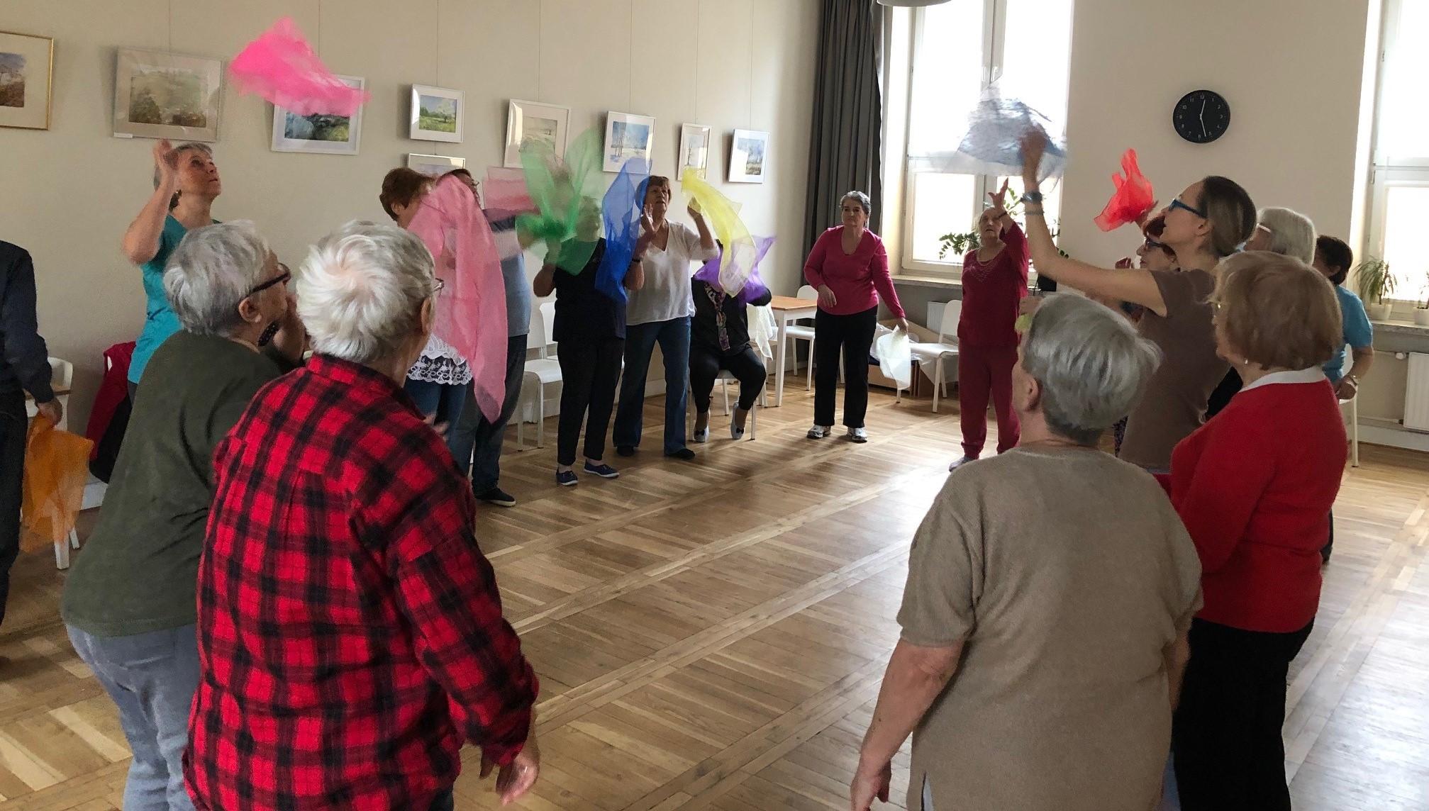 Muzykoterapia w ruchu- Warsztaty psychoruchowe dla seniorów